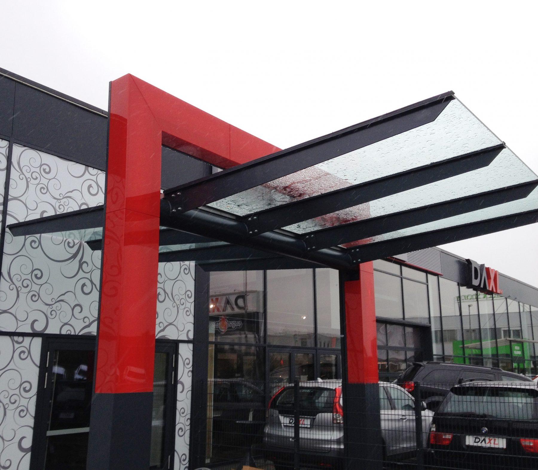Vordach Autohaus Daxl