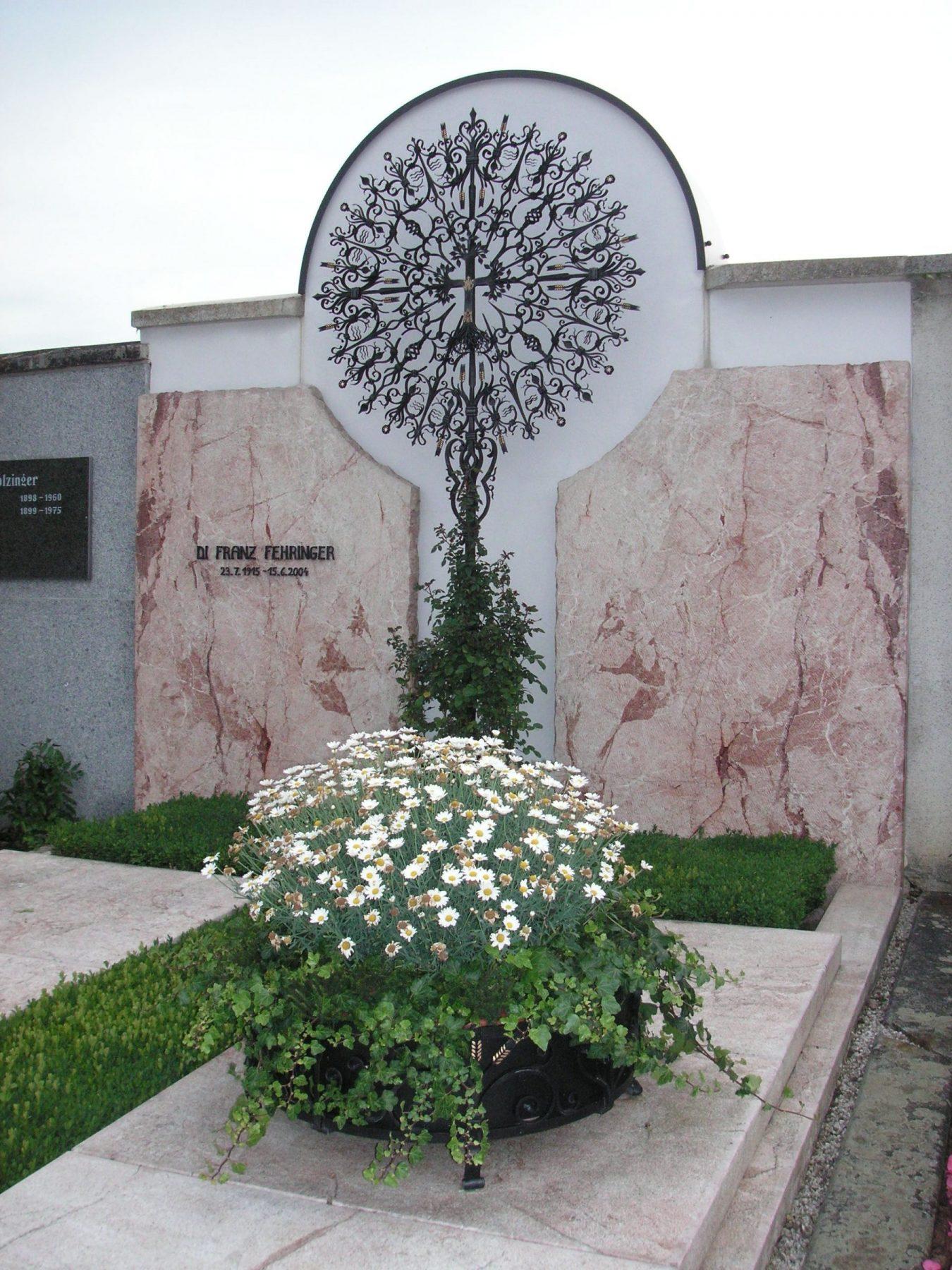 Monstranzkreuz-Lebensbaum