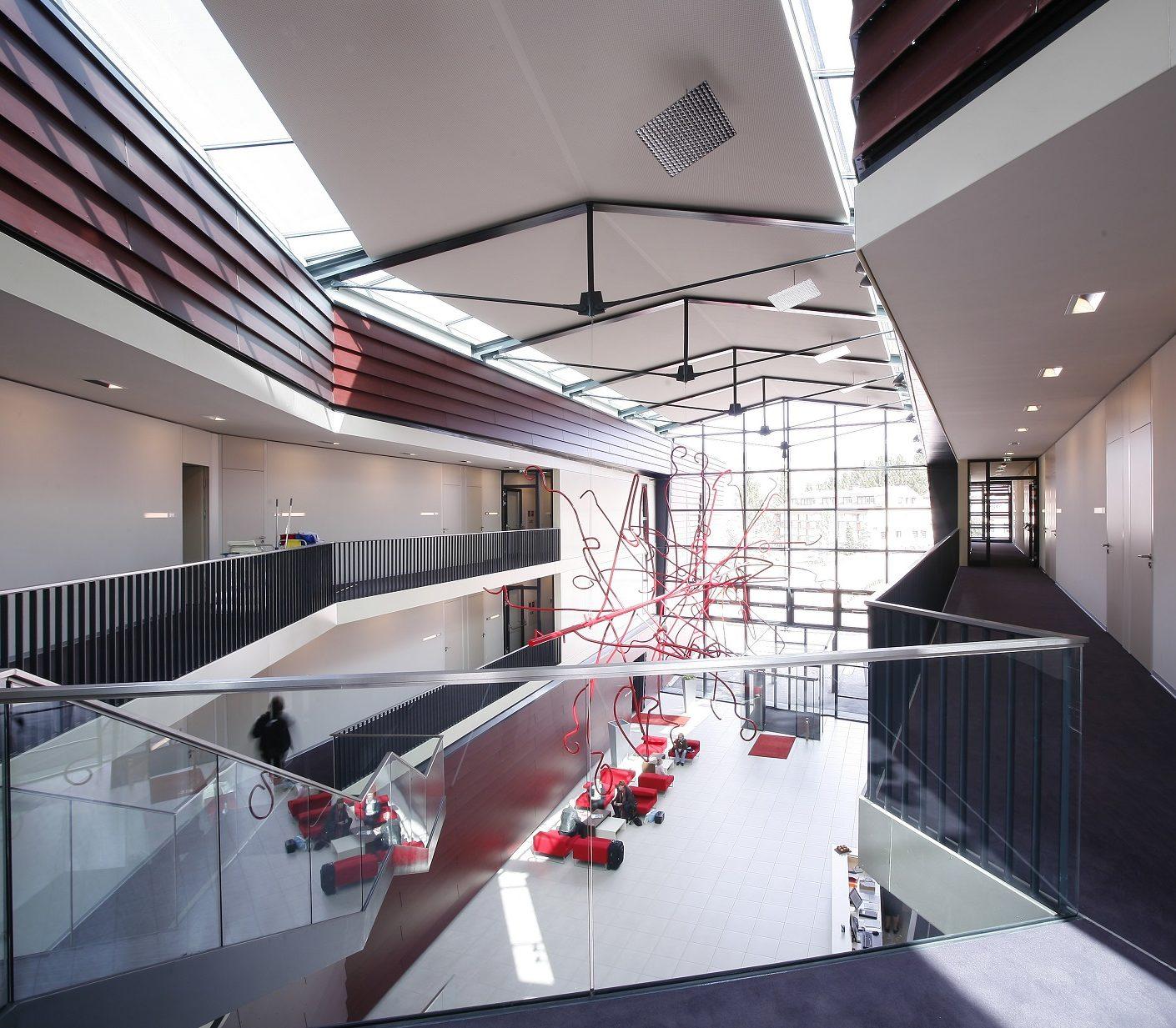 SPA-Hotel-Bründl-Dach+Fassadenkonstruktionen
